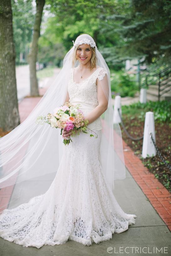 Andrea S Vintage Bridal 84
